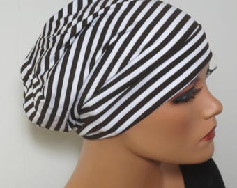 BEANIE/Hat brown white striped fashionable almost easy
