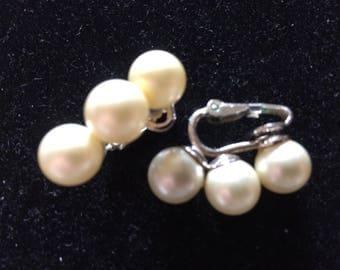 Vintage Crown Trifari Faux Pearl Clip On Earrings