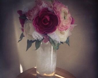 Vintage Rustic Ranunculus Rose with Lace Centerpiece