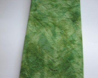 Rug hooking, penny rugs, wool applique, quilting  1/4 yard green spot dye