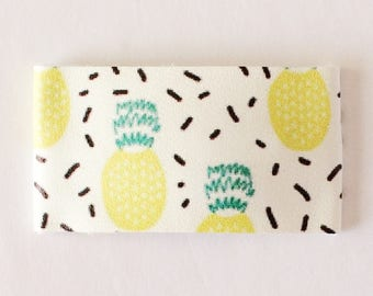 Pineapple party faux leather snap clip