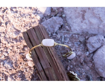 Rose Quartz Stone Gold Bangle