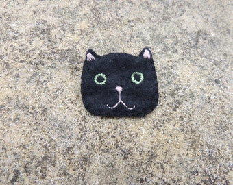 Black cat felt brooch