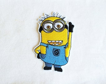 1x Despicable Me Minion patch cartoon cute kids fun Iron On Embroidered Applique - TOM