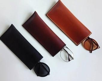 Handmade Leather Eyeglass / Sunglass Case ((( medium )))) Hand Sewn & Stained
