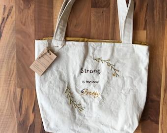 Medium embroidered tote bag