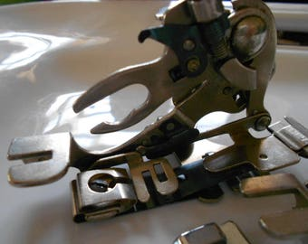 Funky Cool Sewing Machine Attachments Feet 14 pieces Steam Punk, Crafting, Jewelry Space Age Robot Parts