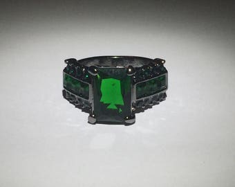 Cubic Zirconia Green Gemstone Silver Ring Size 7