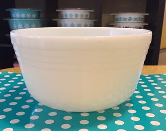 Pyrex Hamilton Beach Mixing Bowl