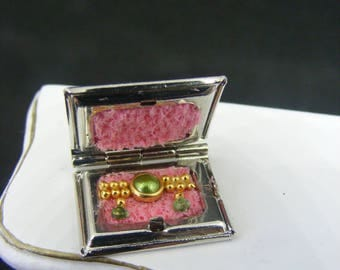 1/12 Silver Plated Choker and Earrings Presentation Box