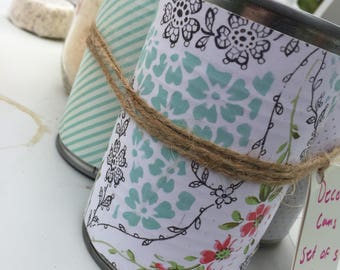 Shabby chic home decor. Decorative Cans ,Home Decor,Wedding Decor,Table Centerpiece Tin/can pen make-up flower holder