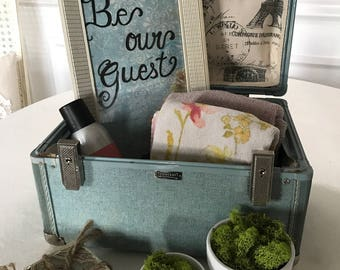 Be Our Guest Shabby Chic Sign decor, French Country decor, Farmhouse decor