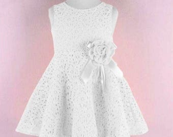 Beautiful Baby Girl White Floral Dress. Size 9-12 Months