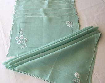 Vintage Green Linen Placemats and Napkins Set of 8 White Embroidery