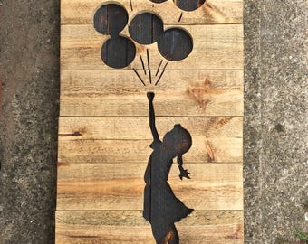 Pallet timber banksy ballon girl mural