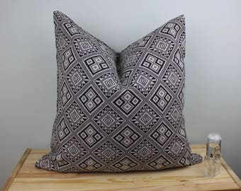 Black & White Geometric Cushion Pillow Cover 2 Sides in Kilim Style size 20 x 20 Inches