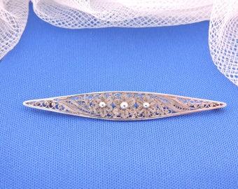 Art Deco Filigree Silver Flower Brooch.