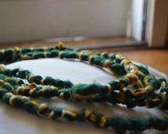 Yarn Knotted Necklace