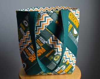 Homemade Green Bay Packers Quilted tote. Quilted Purse. Quilted bag. Green and Gold.
