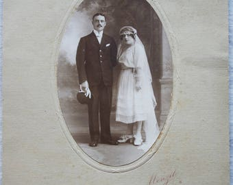 Old photograph on paper Couple wedding photographer MENZIL RENNES