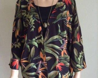 Fluid kimono 38/40/42/44/46/8 printed exotic