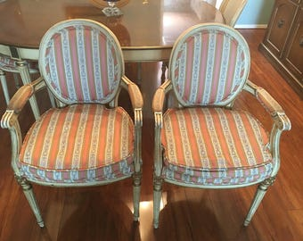 French Provincial Louis Vintage 5 chairs