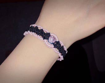 adjustable macrame bracelet with heart pendant