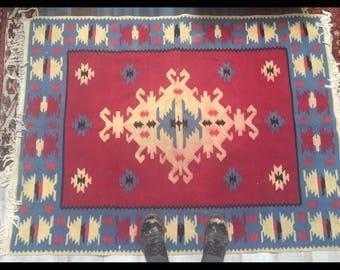 Beautiful Vintage Native American Rug Textile