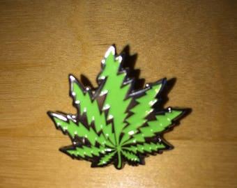 Weed leaf Pin (Sale)