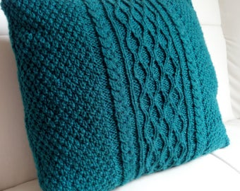 Knitted cushion cover teal (green/blue)