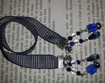 Bookmark dark blue and white