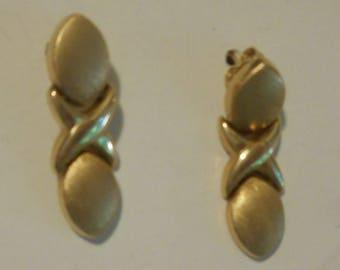 14K Yellow Gold XO dangle Earrings Hugs and Kisses Fine Jewelry SALE