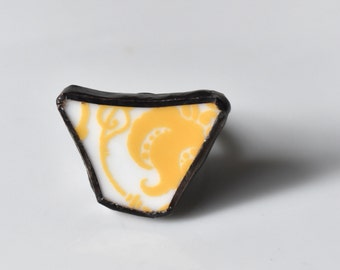 Broken China Ring - Yellow and White
