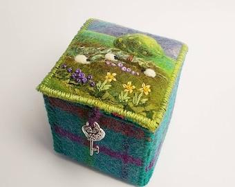Harris Tweed and Felt Textile Trinket Box