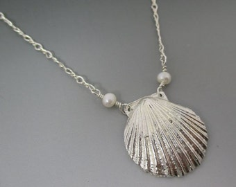 Fine Silver Shell with Freshwater Pearls Necklace