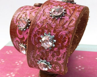 Leather Collar Dog with Pink Rhinestones, Large Dog Collar to fit a 18-21 Neck, Pink & Brown with Industrial Flowers, Seattle Handmade