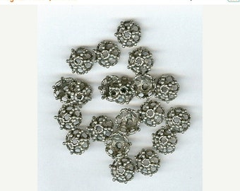 CLEARANCE Set 20 Antique Silver Pewter Bead Caps