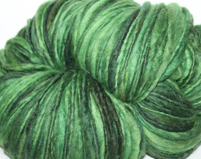 Handspun BFL wool Yarn. Single ply thick n thin. Bulky Weight. Huge Skein. appx. 1lb 376 yards. Super Soft. OOAK