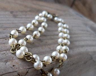 Ivory Pearl Bracelet - Rustic Wedding - Beaded Bracelet - Boho Jewelry - Wedding Jewelry - Boho Bracelet - Delicate Bracelet - Swarovski