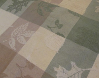 Vintage Oval Tablecloth - Woven Cotton Tablecloth - Green Brown Cream Plaid - Scattered Leaves