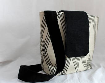 Tote Bag Crossbody Purse - Ivory Black Neutral Tones - Hobo - Messenger Bag - Shoulder Bag - Fabric Purse