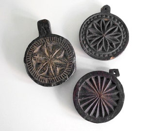 Carved Wood Molds, Butter or Biscuit Stamps, Star Butter Molds, Antique Treen, Rustic Decor, Wall Hanging, Pastry Press, Culinary Stamps