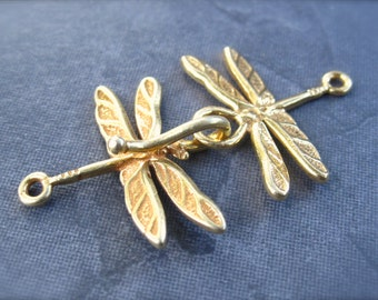 Dragonfly hook and eye clasp in vermeil gold plate over sterling silver - Easy Closure - 38mm X 21.5mm when closed