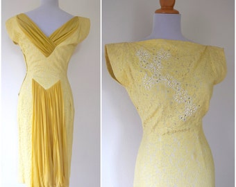 SUMMER SALE / 20% off Vintage 50s 60s Yellow Lace Beaded Wiggle Dress (size small, medium)