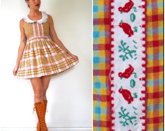 SPRING SALE/ 20% off Vintage 60s 70s Bread Crumbs Plaid Mini Dress with Peter Pan Collar (size xs, small)