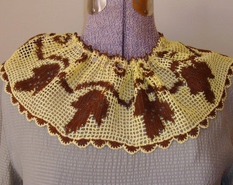 ON SALE Vintage Handmade Crocheted Collar, Brown, Yellow, Handmade, Filet Leaf, Leaves Motifs, Autumn, Embellishment, Sewing Notions