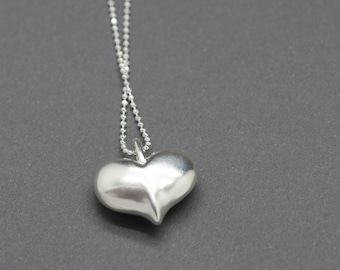 Smooth Heart Pendant in Sterling Silver