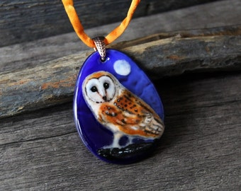 Amazing  Barn Owl  - fused glass pendant