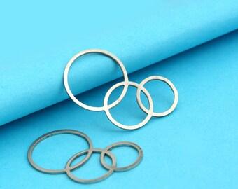 2 pcs geometric circle stainless steel charm pendant (MCB 022)