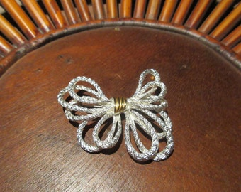 Festive Vintage Bright Silver Tone Bow Brooch Pin